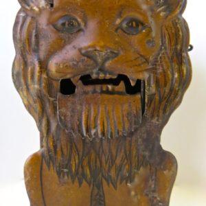 #10 Lion